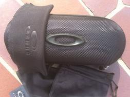 Brand new Oakley Small Eyeglasses Hard Case w/ cleaning clot